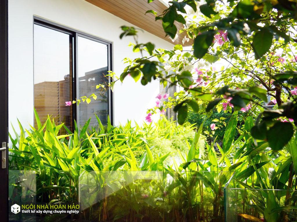 View 7: hình thực tế biệt thự hiện đại anh Long