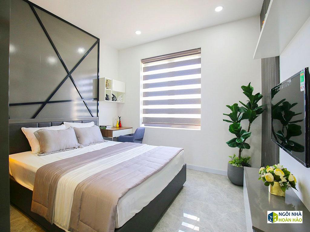 Hình thực tế nhà phố hiện đại: phòng ngủ