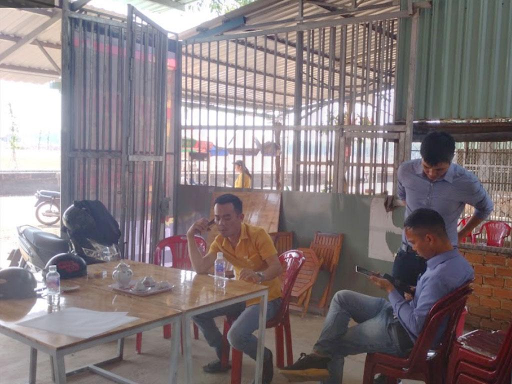 Đội ngũ mua bán đất nền Phú Riềng